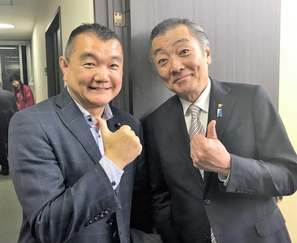 黒川まさる 松本純代議士と グーッ